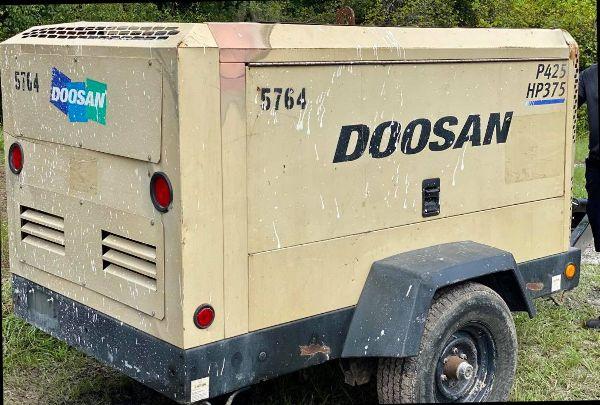 2013 Doosan P425/HP375WCU-T4I S# 449564ULWE85