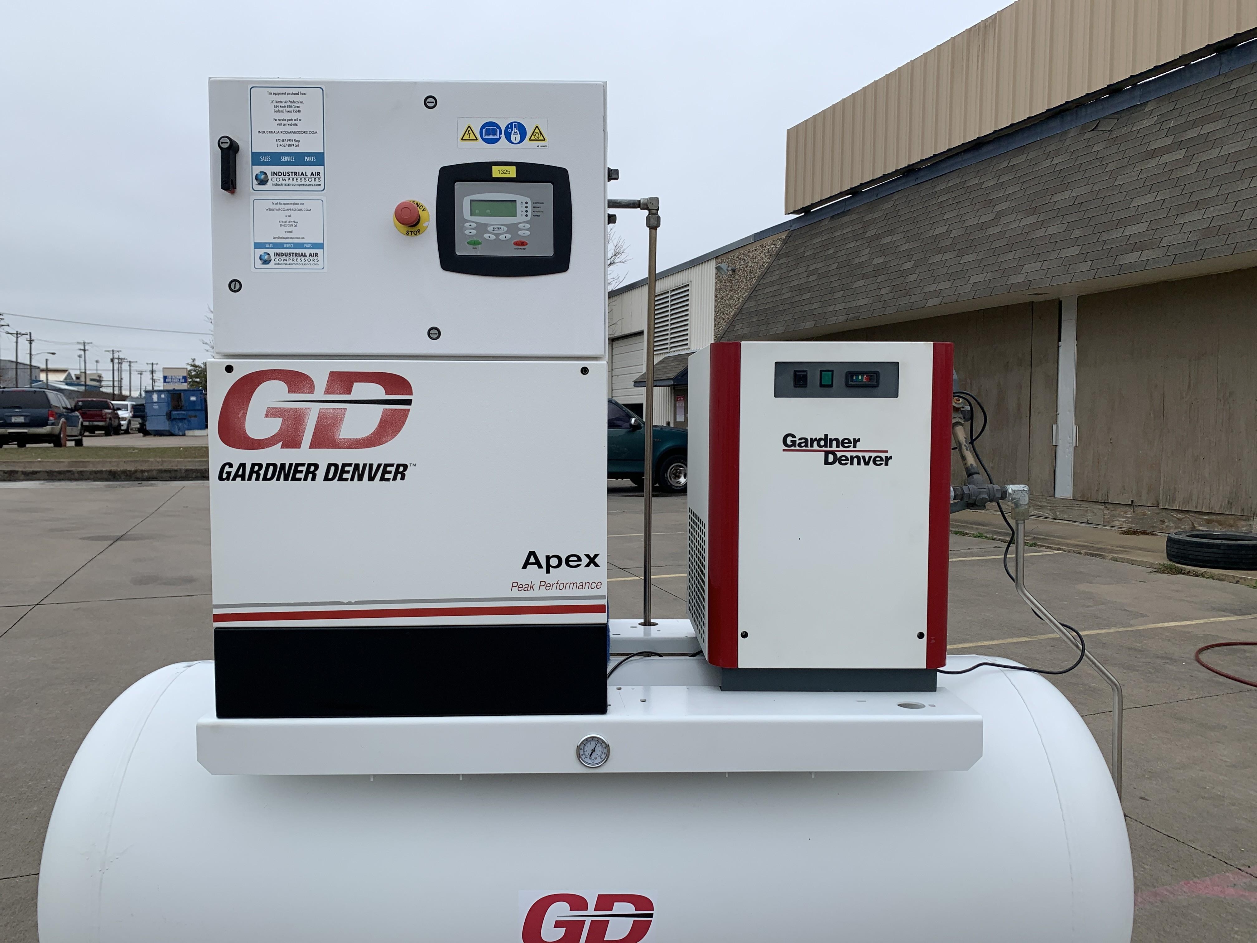 Gardner Denver 15 HP Screw Compressor w/Tank & Dryer Unit 1325