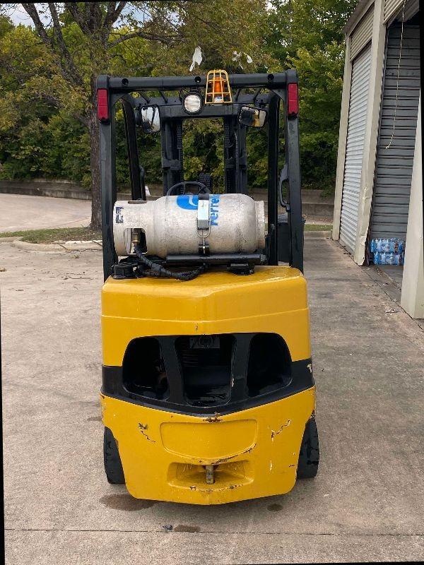 Yale 7000 Pound Forklift