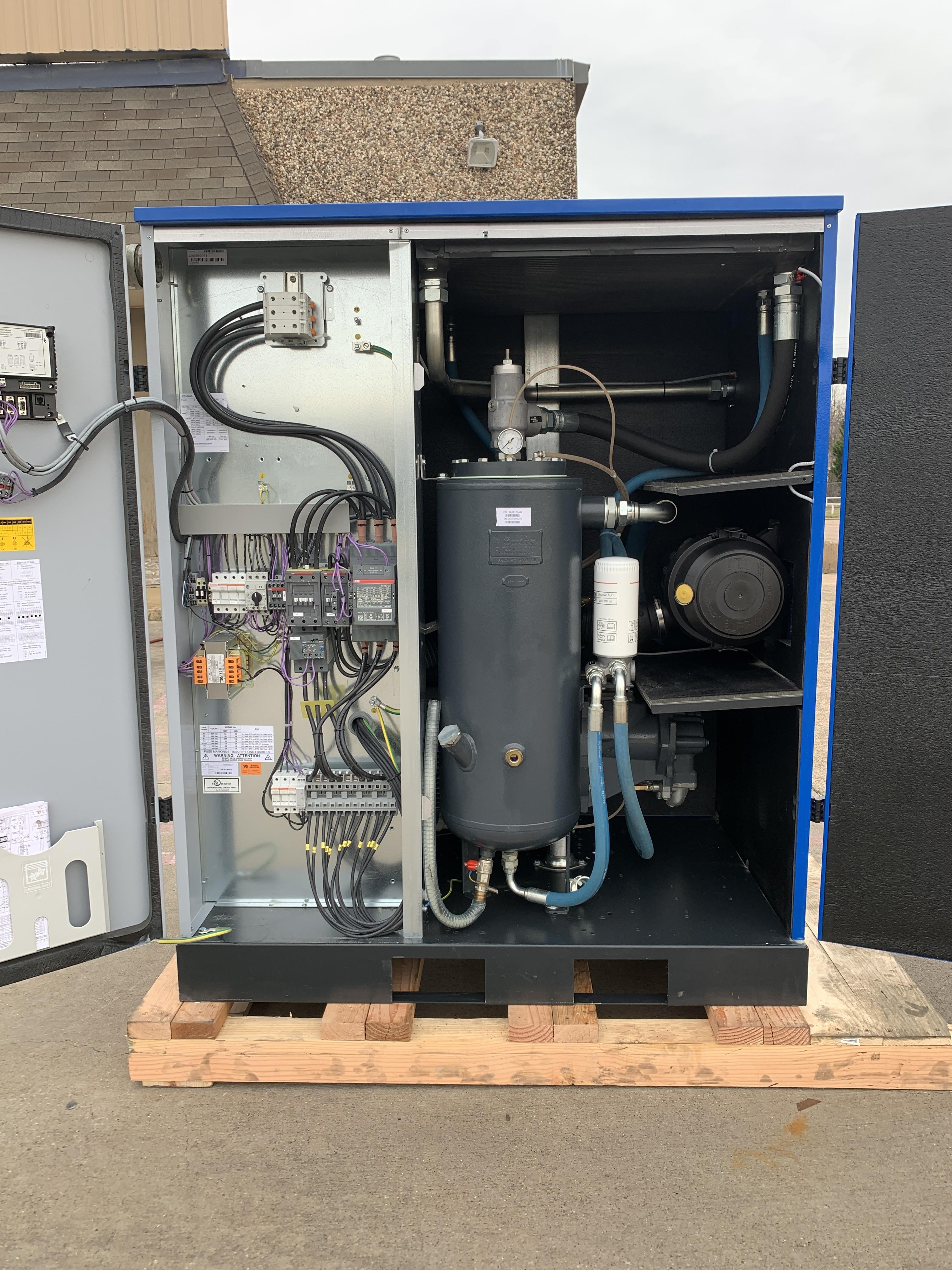 Quincy 50 HP Screw Compressor Unit 1320