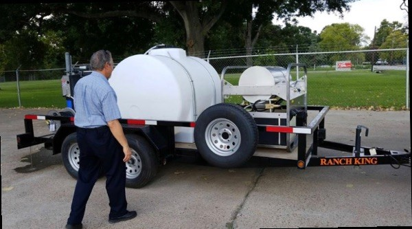 Pressure Washer with Water Recovery System and Trailer