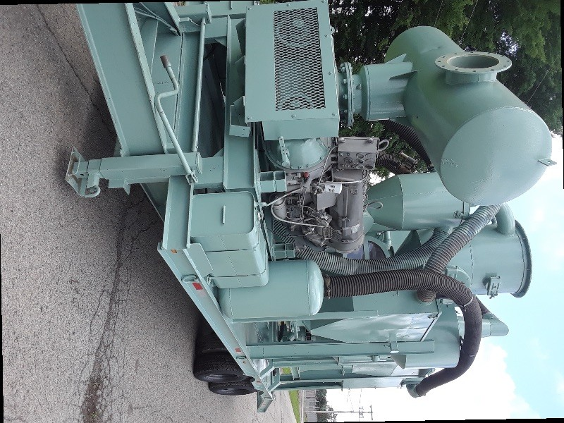Abrasive blasting recycling unit